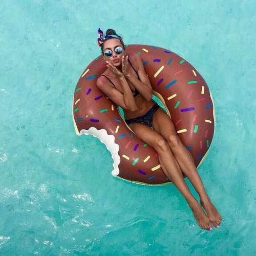 """Надувной """"Пончик коричневый"""""""