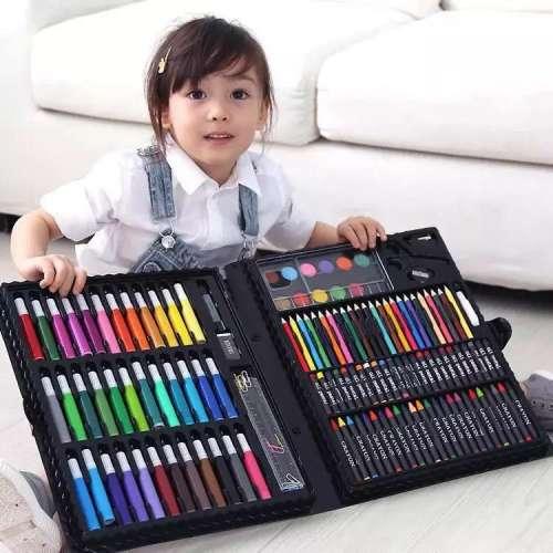 Набор юного художника в чемоданчике на 150 предметов